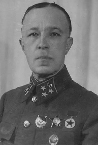 Генерал Карбышев фото