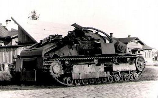 Советский танк подбитый в Минске