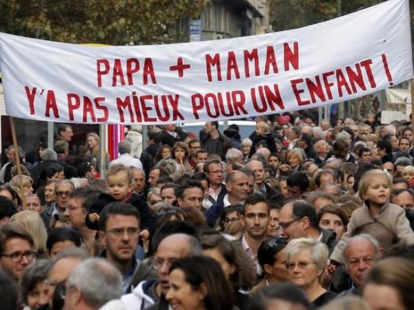 Демонстрация против однополых браков в Париже