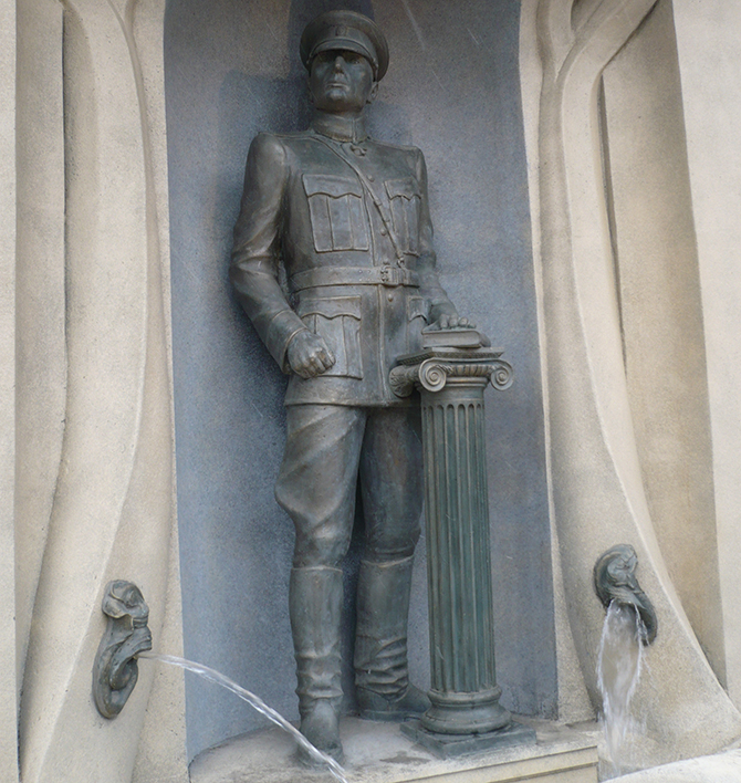 Памятник Колчаку в Омске