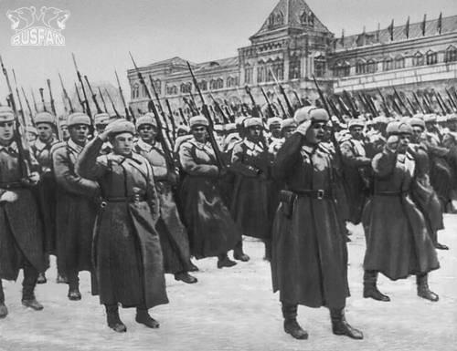 Пехота на марше - 7 ноября 1941 года