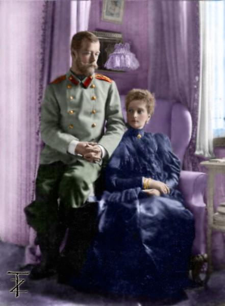 Николай и Александра - семейная идиллия в цвете