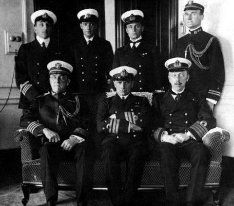 Колчак с группой морских офицеров в США
