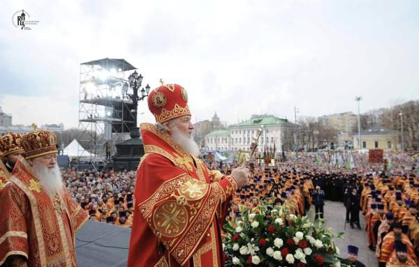 Патриарший молебен 22 апреля 2012 года - владыка Кирилл