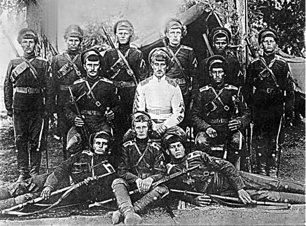 Анненковцы - групповое фото