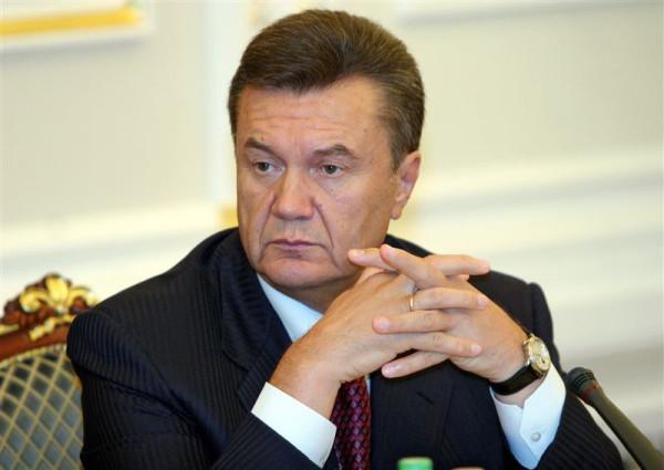Янукович задумался
