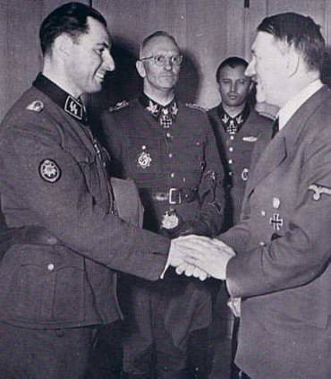 Леон Дегрель с Гитлером