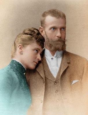 Элла и Сергей в цвете