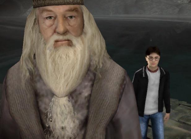 Дамблдор и Гарри над чашей с крестражем