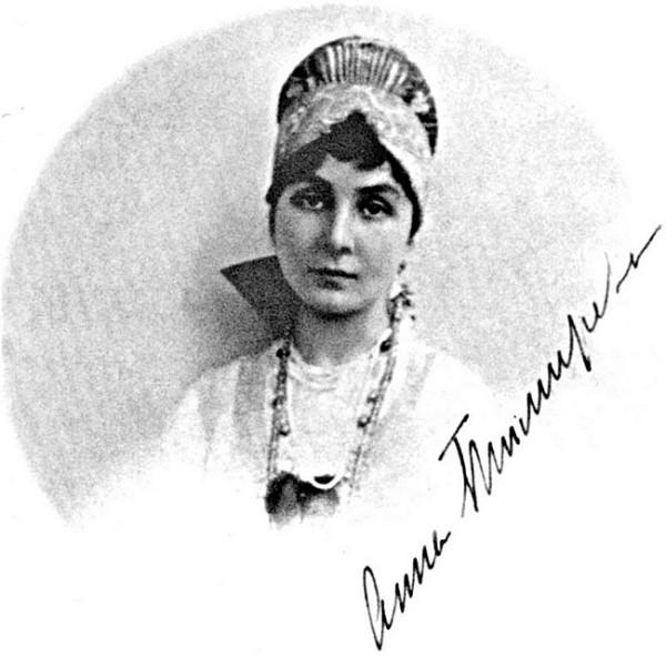 Тимирёва в кокошнике