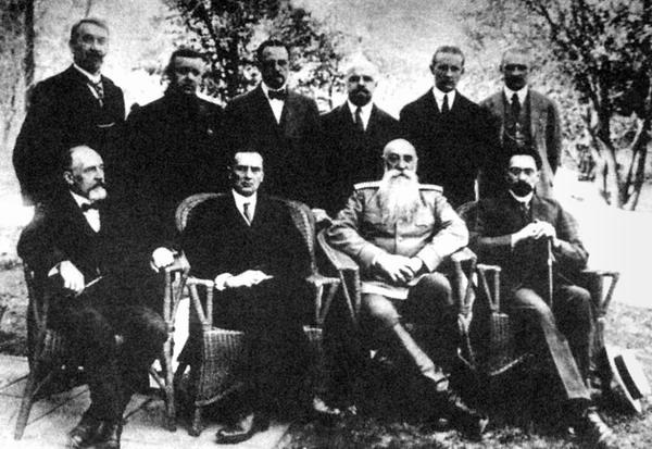 Колчак с членами правления КВЖД
