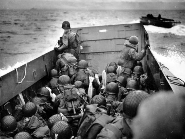 Десант союзников на пути во Францию