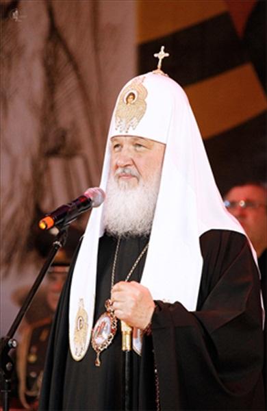 Патриарх Кирилл поздравляет ветеранов войны