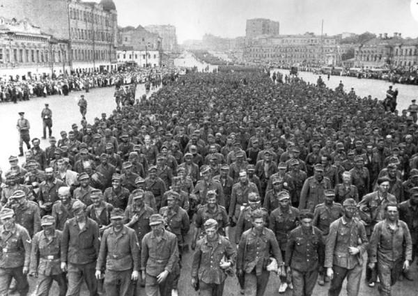 Немцы захваченные в плен под Минском
