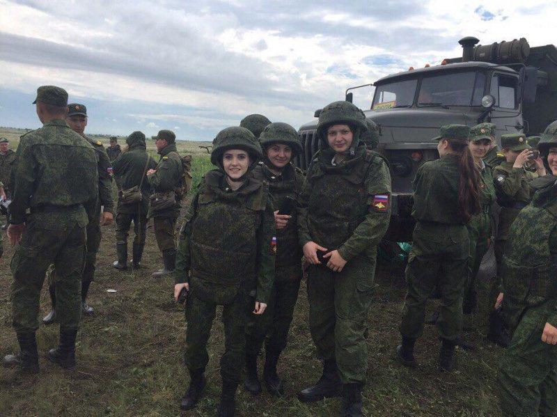 Фото из свободного доступа. Скорее всего военная кафедра ВУЗа на сборах