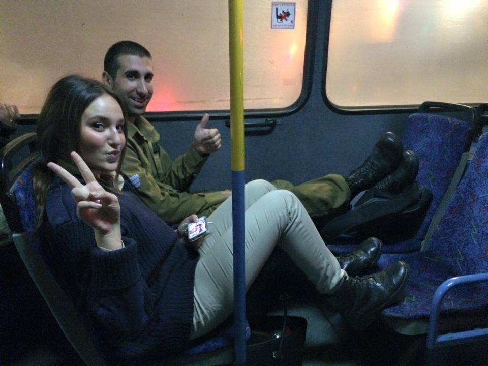 Tupye_v_avtobuse