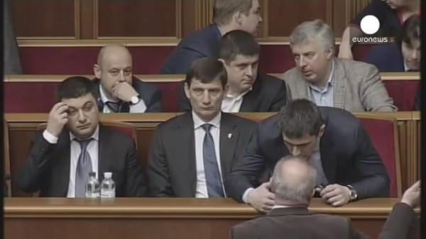 Мрачные депутаты Рады 19.04