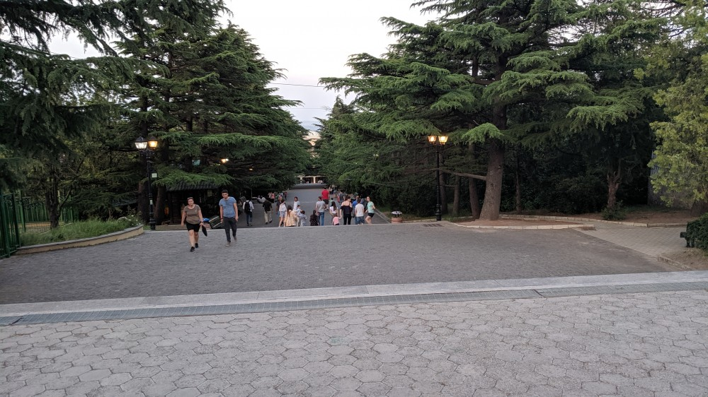 Парк на горе Мтацминда