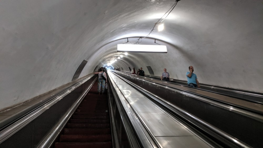 Эскалаторы в метро Тбилиси. ст.Авлабари.