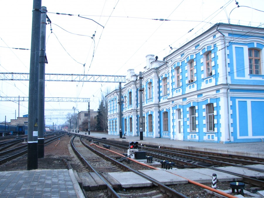 Old_Luhansk_railway_station