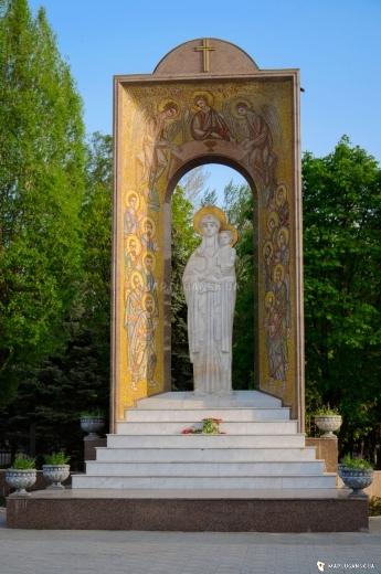 gallery_big_lugansk-dozhya-mater_4