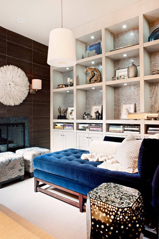 Dark-Blue-Sofa-Beds-in-Small-Living-Room