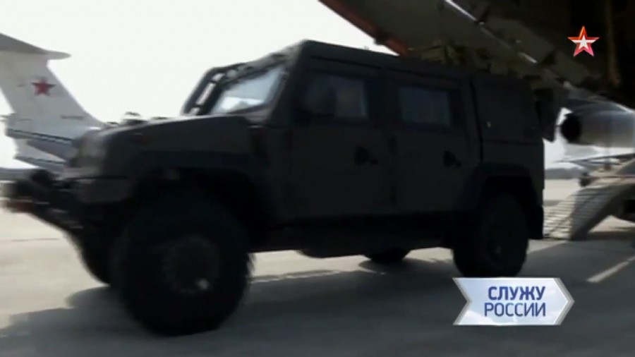 В Сирию отправлены бронированные машины Рысь и Тайфун-К для саперов МПМЦ Вооруженных Сил России