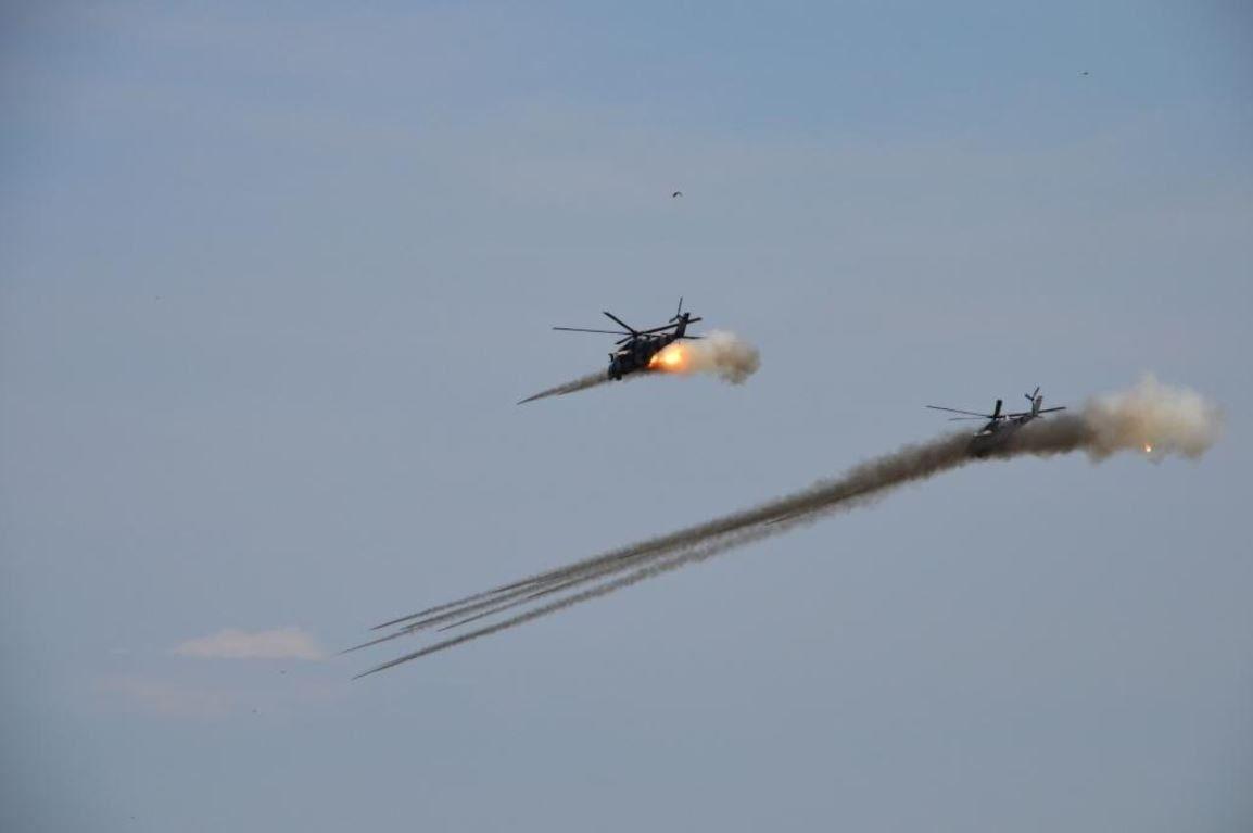 Mi-24-over east-052