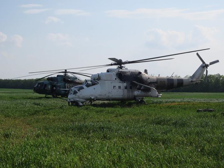 Mi-24 N09 yellow white camo-003