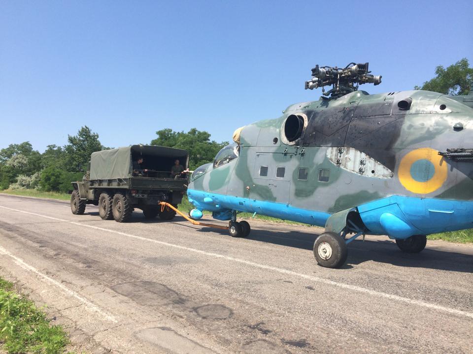 Mi-24 N10 yellow-012