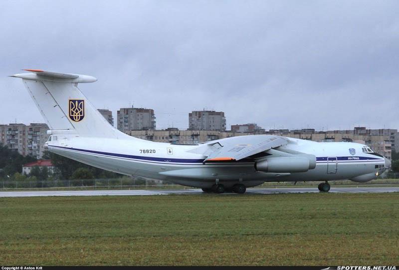 IL-76 N78820-004a