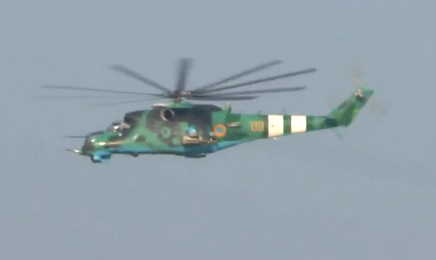 Mi-24 N09 Yellow New Green-Green camo-001