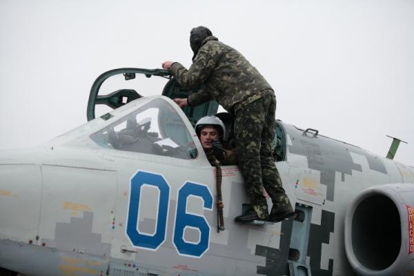 Su-25 N06-008