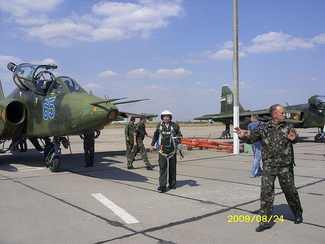 Su-25UB N65-009