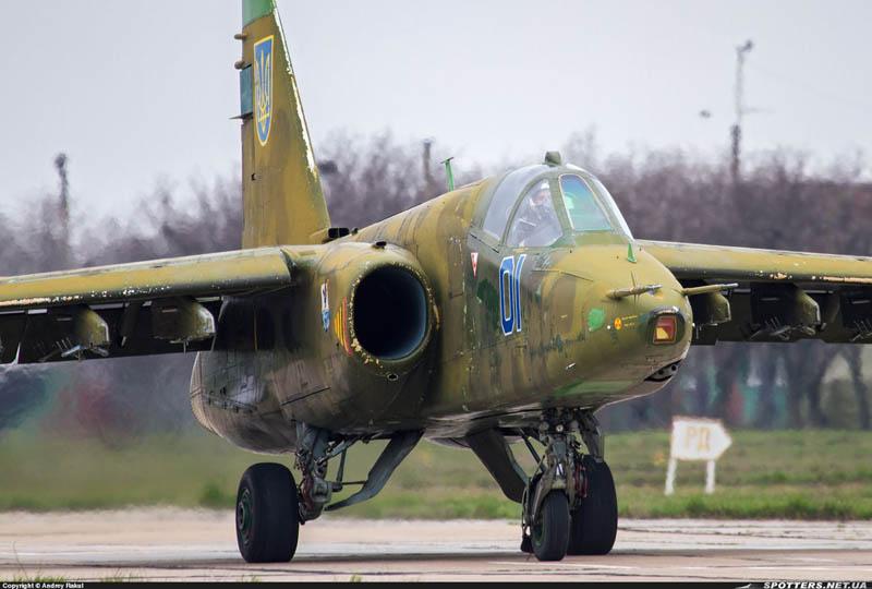 Su-25 N01-001