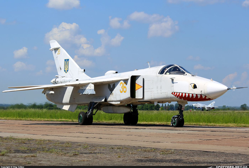 Su-24 N36-001
