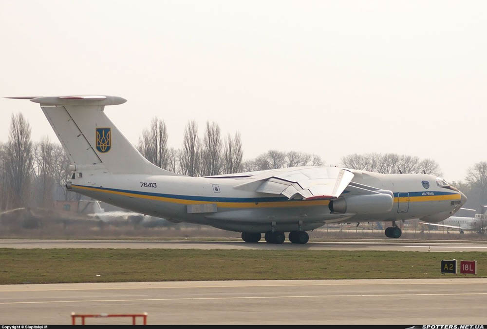 IL-76 N76413-010