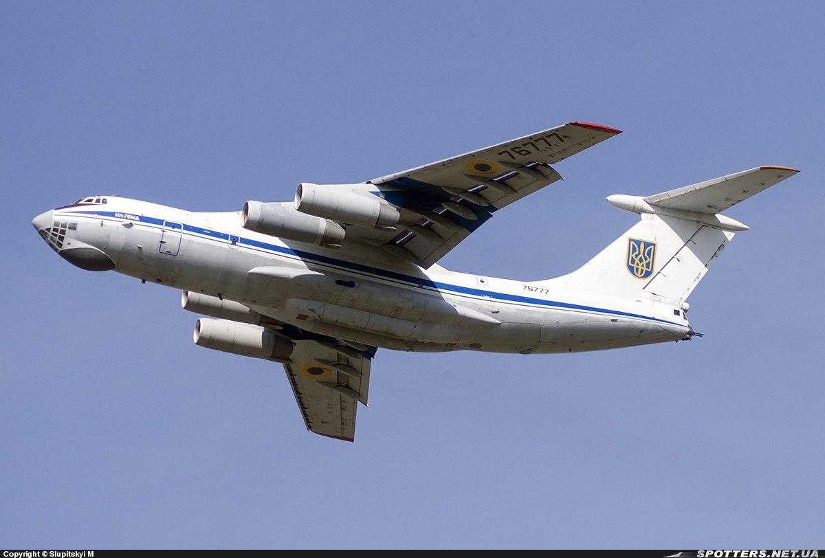 IL-76 N76777-044