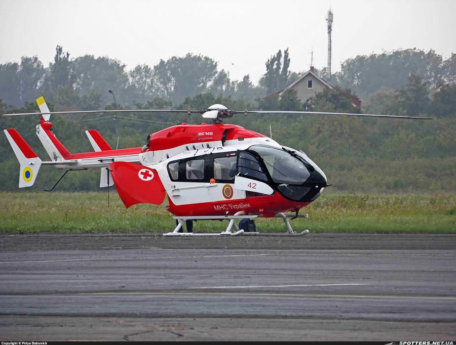 EC-145 N42 Red-002