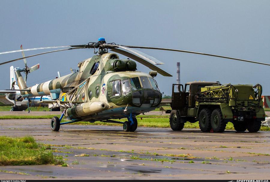 Mi-8 N69 blue-005