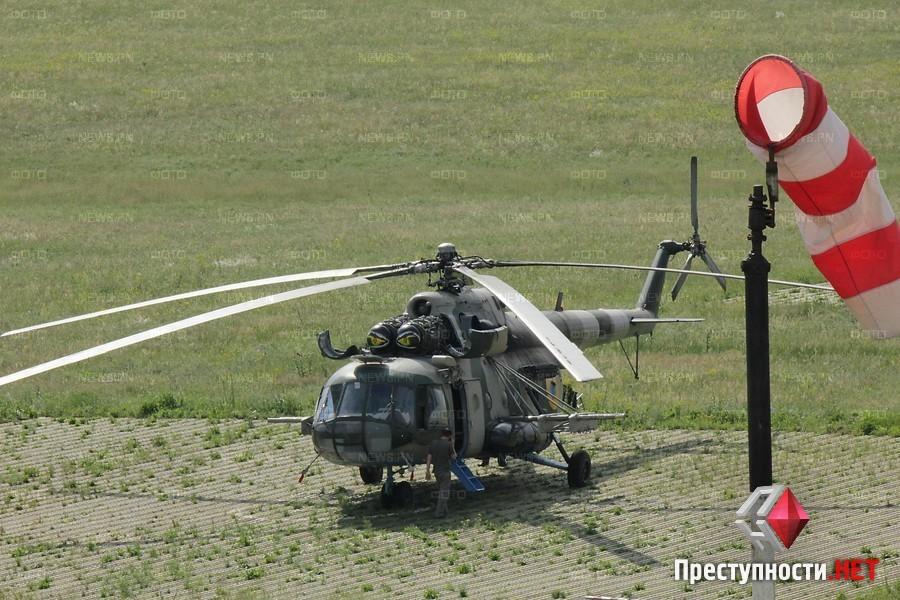 Mi-8 N67 yellow-008