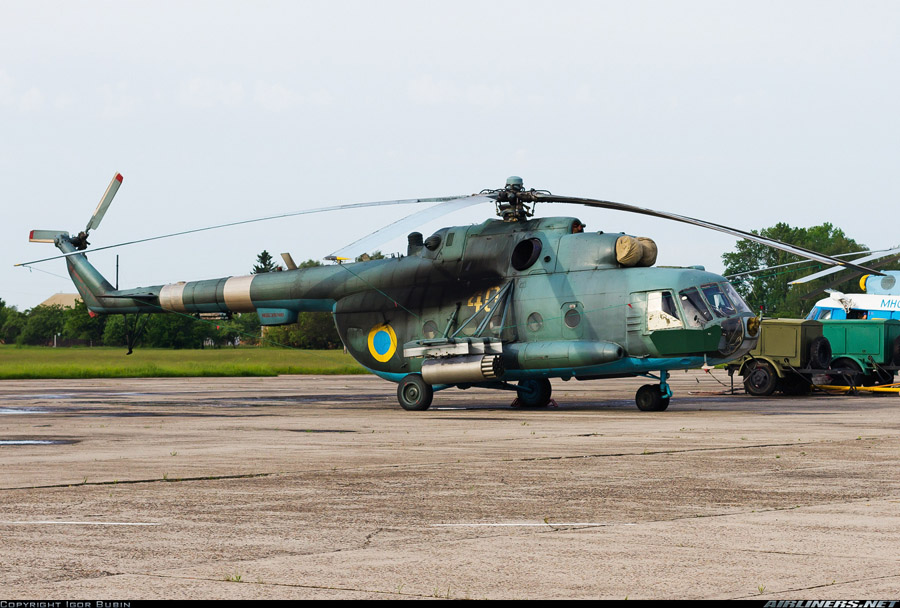 Mi-8 N40 yellow Dark camo-005