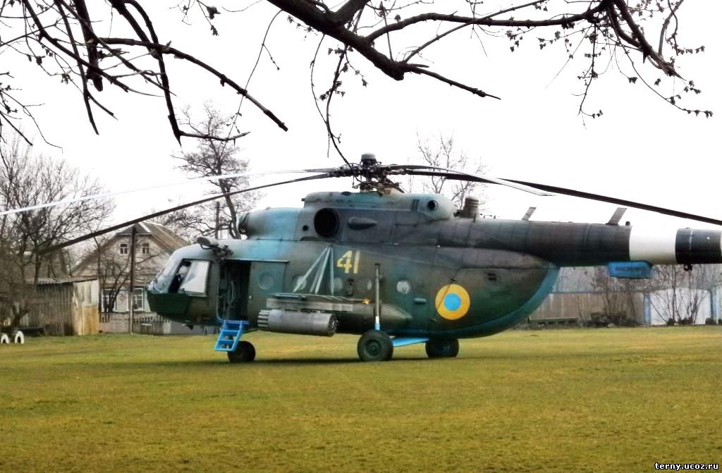 Mi-8 N41 yellow Green-Brown camo-003