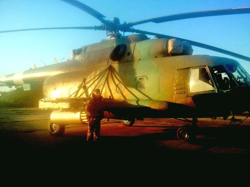 Mi-8 N41 yellow Green-Brown camo-004