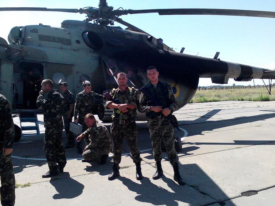 Mi-8 N83 red in war-006