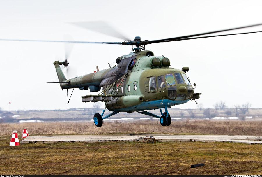 Mi-8 N85 red before war-005