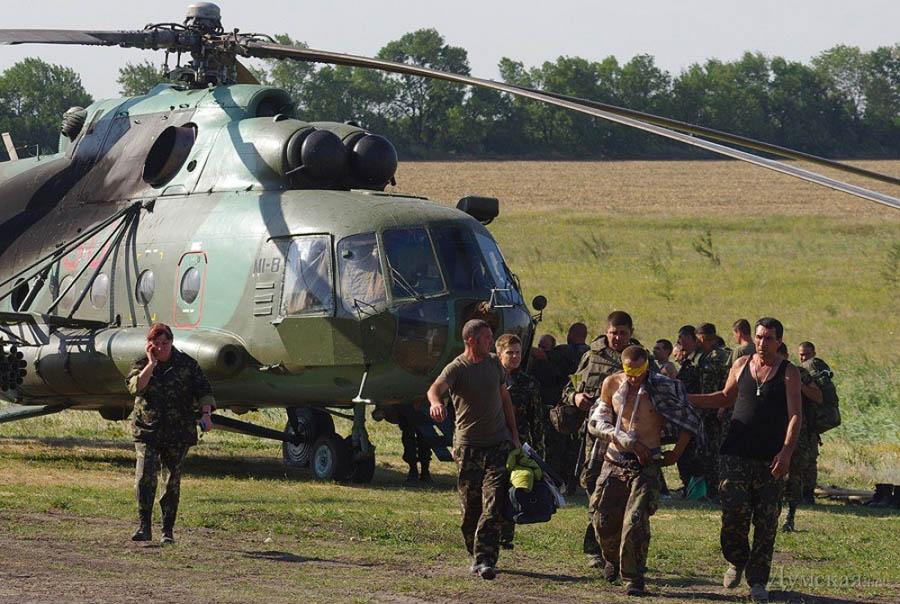 Mi-8 N90 Red in war-006