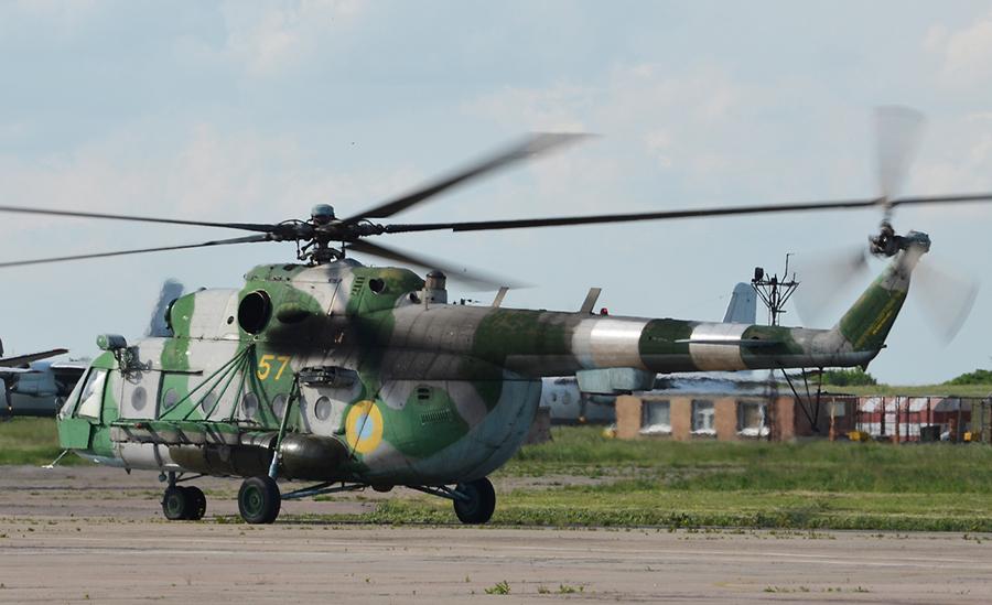 Mi-8 N57 Yellow Green-Gray in war-005
