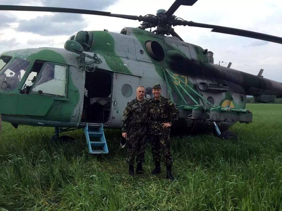 Mi-8 N57 Yellow Green-Gray in war-004