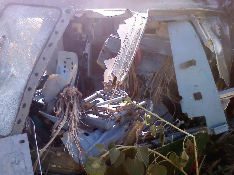 Mi-8 N62 yellow destroyed-005